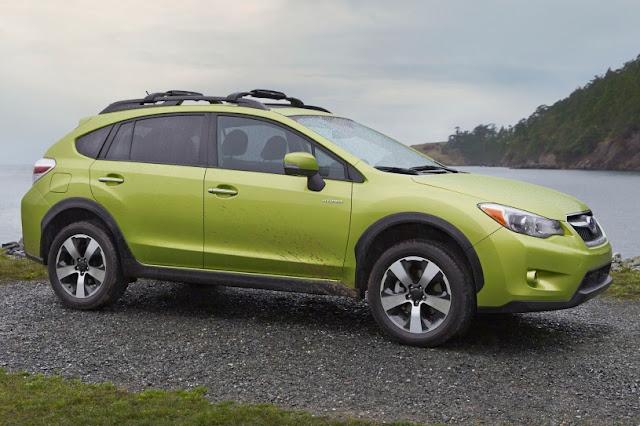 2015 New Hybrid Subaru XV Crosstrek Series side view