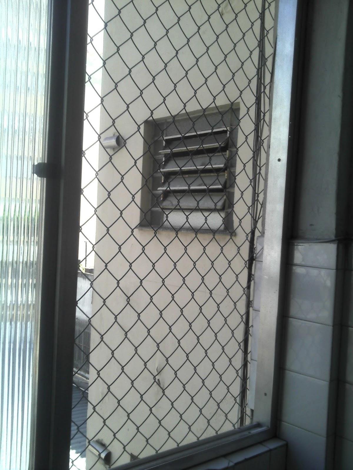 #527079  Tela Aramada Revestida em PVC para proteção de varandas e janelas 664 Janelas Pvc Orçamento