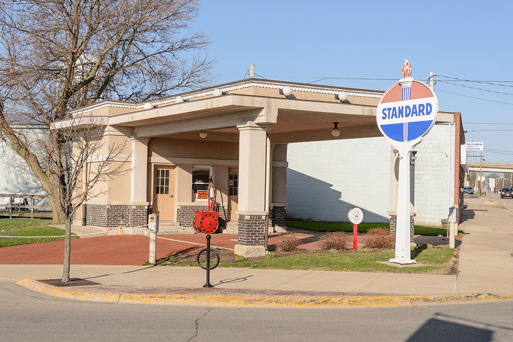 Standard Oil Station in Rochelle, IL
