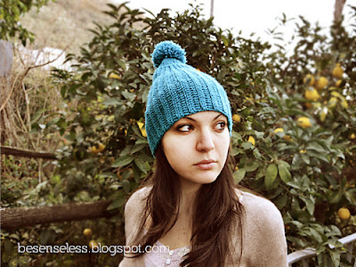 free crochet pattern pompom hat