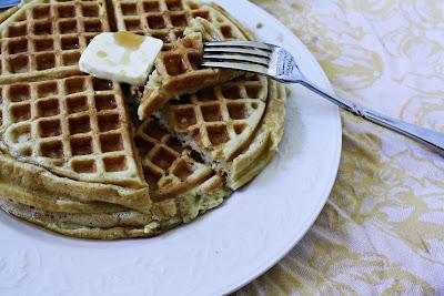 waffles, buttermilk waffles, breakfast, breakfast waffles, delicious waffles, easy waffles, old fashioned breakfast