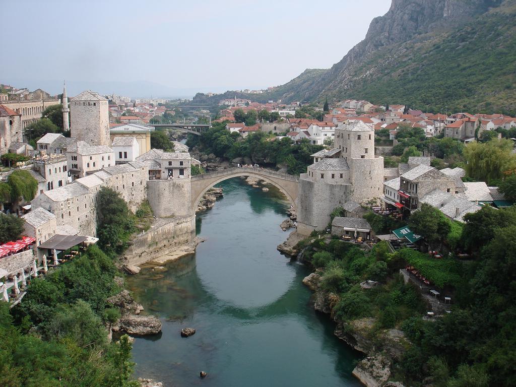 travel guide traveling bosnia herzegovina