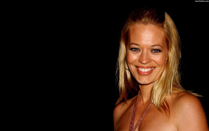 Jeri Ryan HD Wallpaper -04