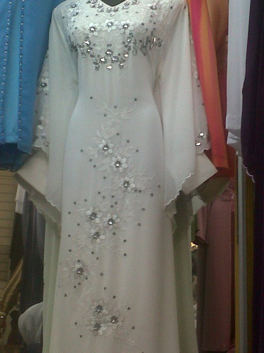 Cik Pretty Princess Closet , semua design jubah, kebaya, maxi dress ...