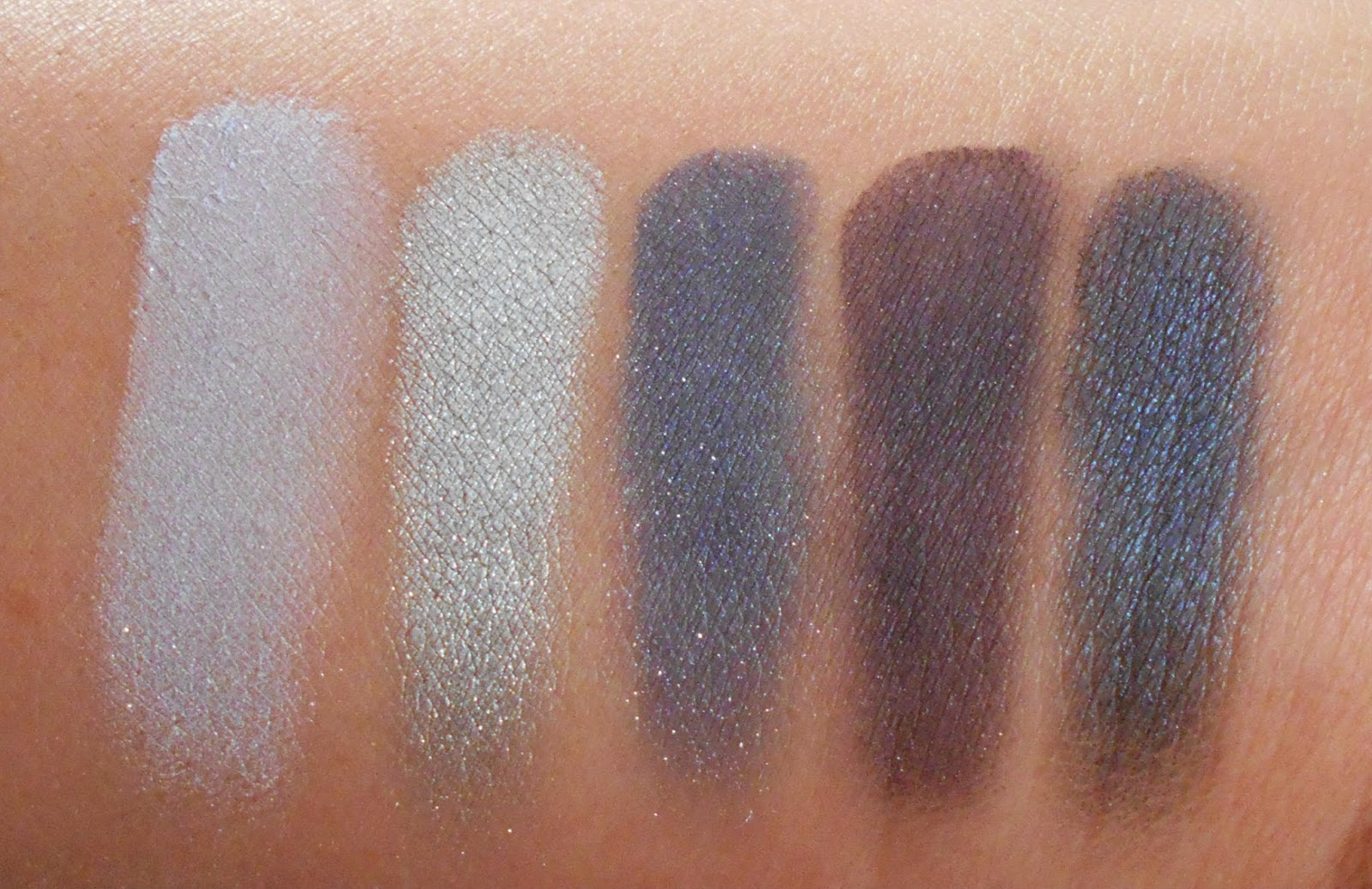 Wet n Wild Fall 2014 Limited Edition Eyeshadow Palette in High Waisted Jeans