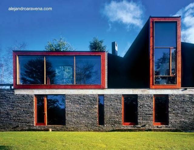 Casa de campo contemporánea en Lago Pirihueico, Región de Los Ríos, Chile