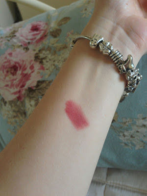 Nars Velvet Matte Lip Pencil Dolce Vita review