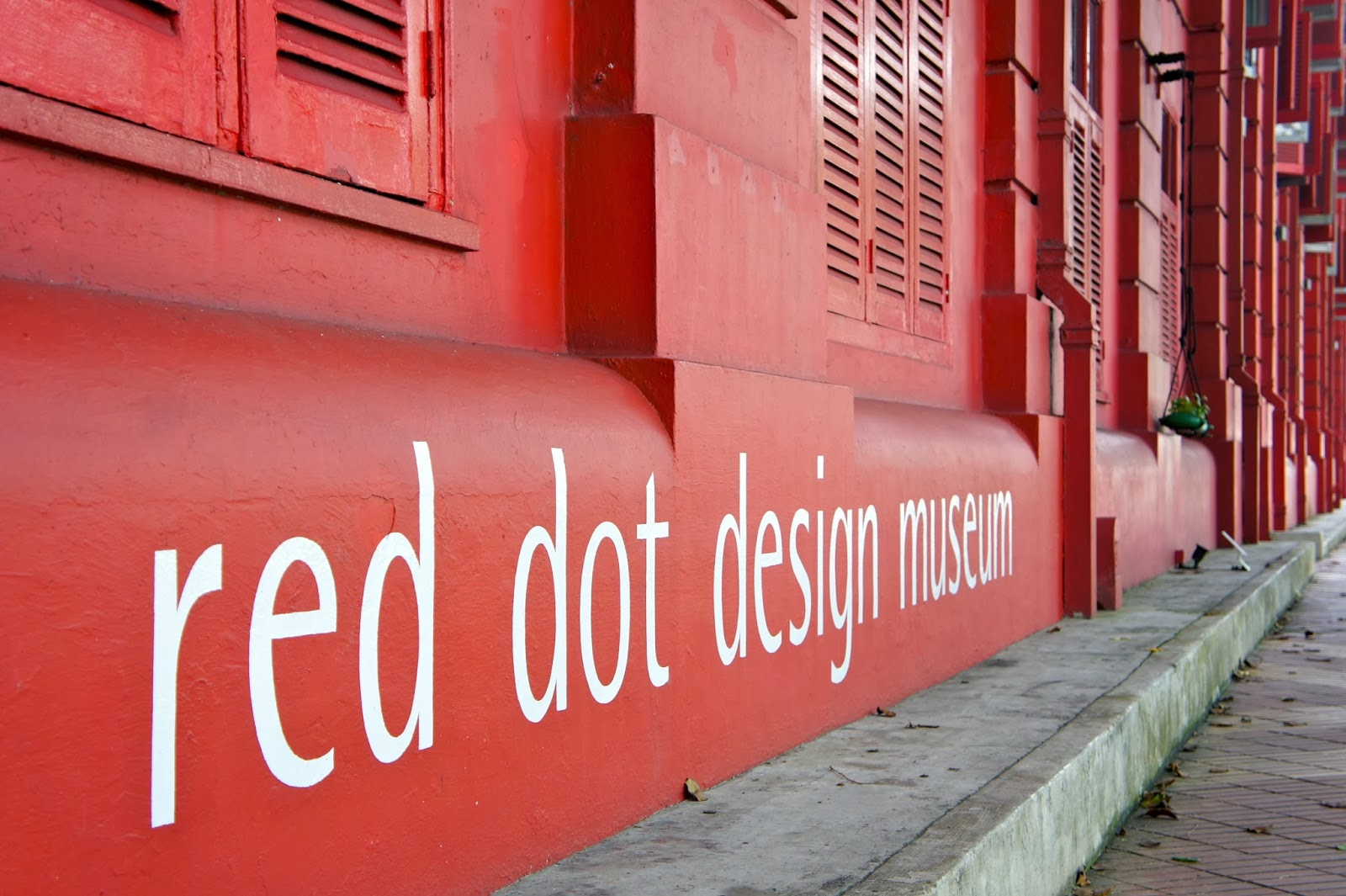 about singapore city mrt tourism map and holidays detail red dot design museum singapore. Black Bedroom Furniture Sets. Home Design Ideas