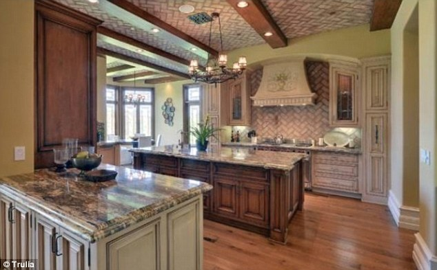 Kim Kardashian New Kitchen