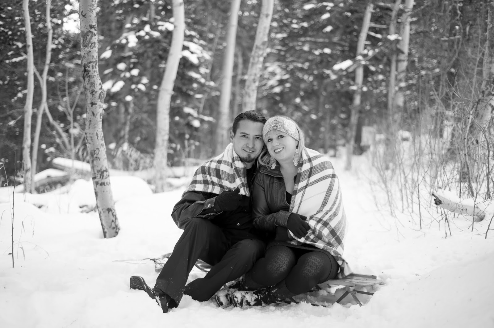 albuquerque wedding photographer, wedding photographers in albuquerque, engagement session in albuquerque, albuquerque engagement pictures, sandia crest, sandia crest engagement, engagement photos at sandia crest, winter engagement pictures, engagement pictures in winter, engagement pictures in snow, snowy engagment