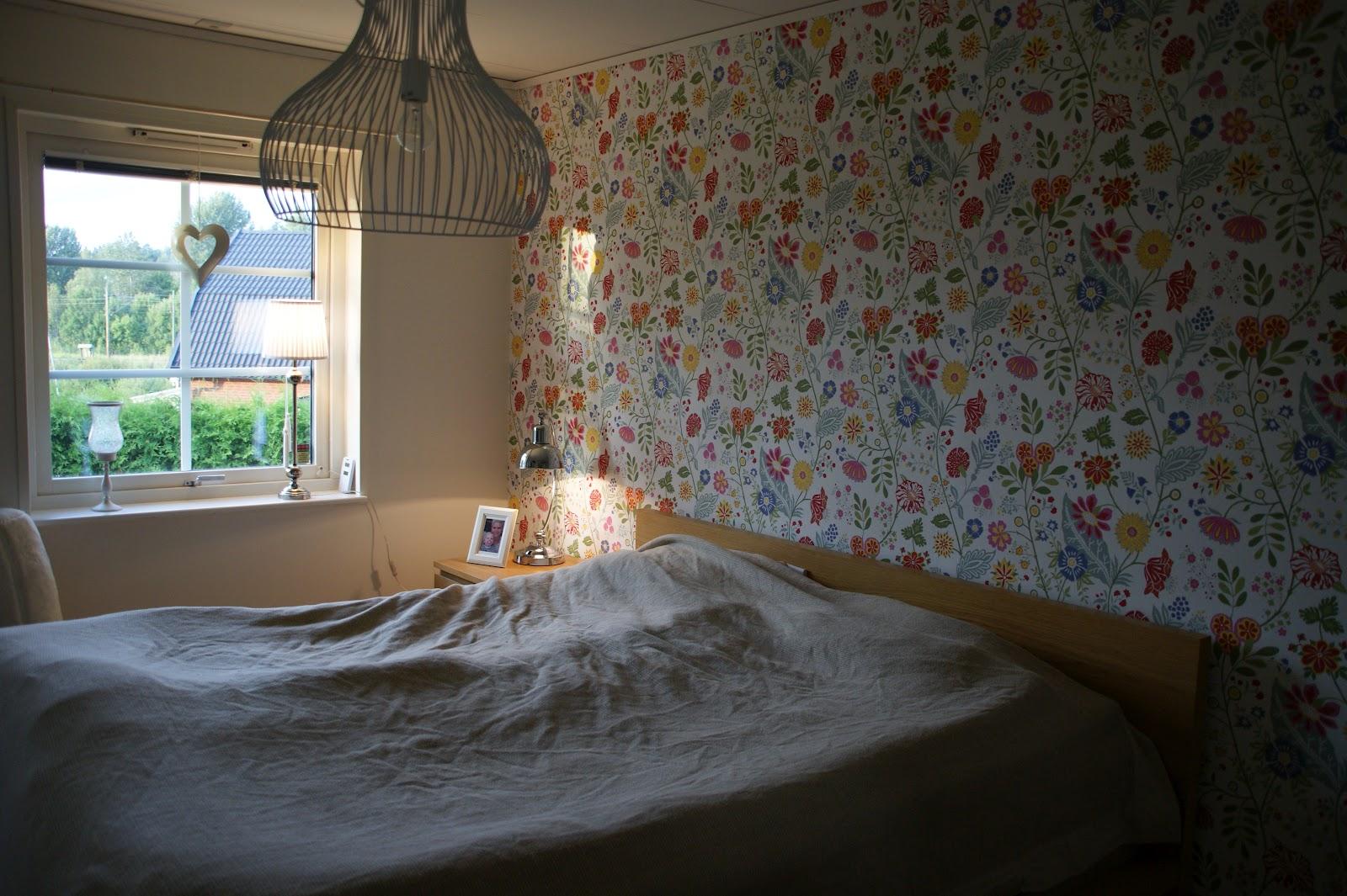 Min ljusa vardag: nytapetserat sovrum