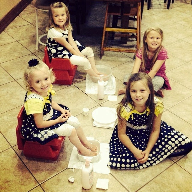 Johannah, Jennifer, Jordyn and Josie