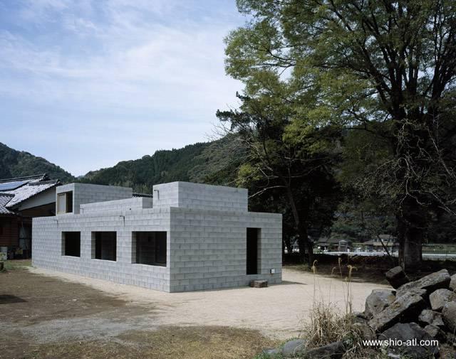 Arquitectura de casas minimalismo m nimo en una casa for Casas minimalistas baratas
