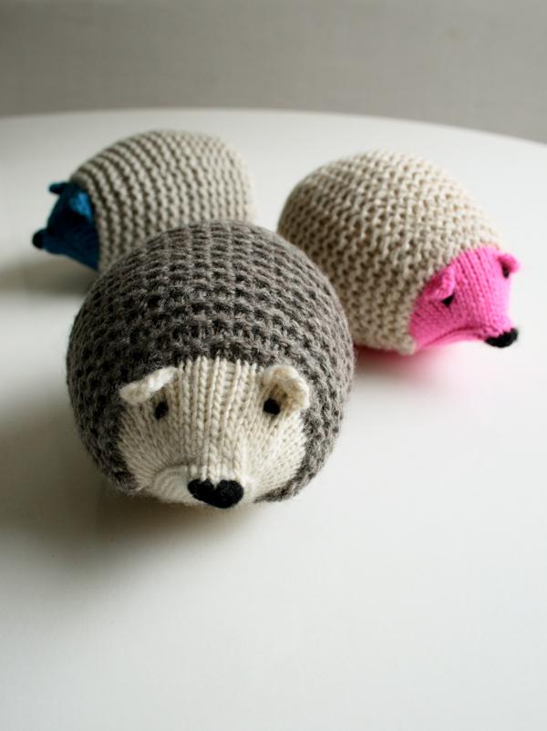 Craft Tutorials Galore at Crafter-holic!: Hedgehog Knit ...
