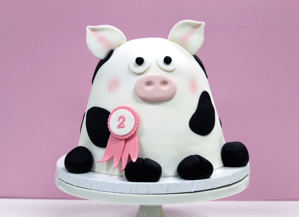 Cocoa Fig Cow Cake For Samanthas 2nd Birthday