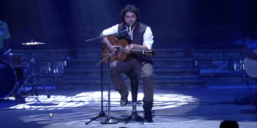 Arijit Singh's soulful performance, 6th Royal Stag Mirchi Music Awards