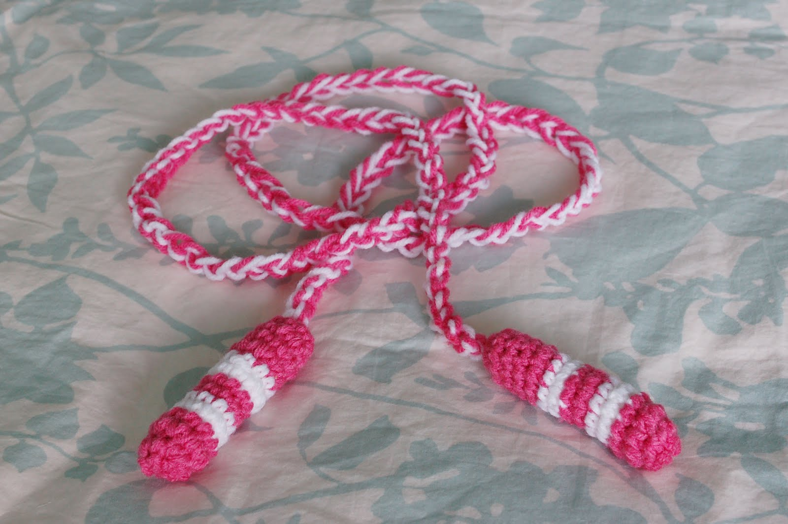 Crocheting Rope : Alli Crafts: Free Pattern: Toddler Jump Rope