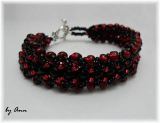 bransoletka czarna czerwona koraliki