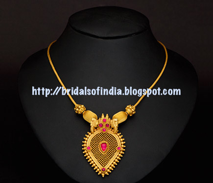 fashion world trendy necklace collections from avr swarna