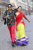 Soukyam movie photos gallery-thumbnail-12