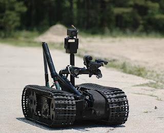 اختراع روبوت للكشف عن القنابل و تفكيكها
