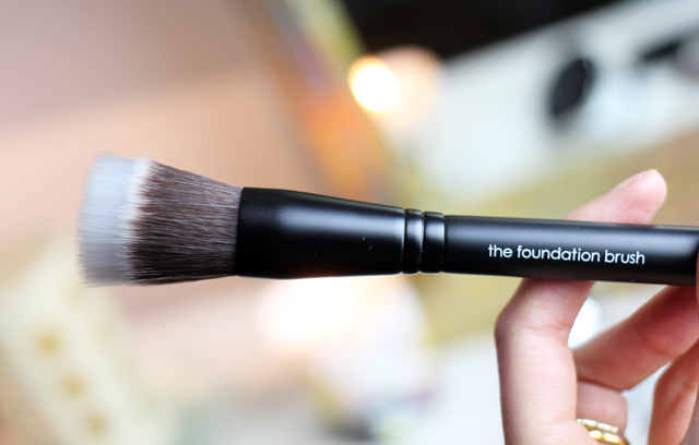 A Beauty Bloggers review of Rodial Make-Up. Featuring Rodial Eye Sculpt, Rodial Highlighter and Rodial Foundation Brush.
