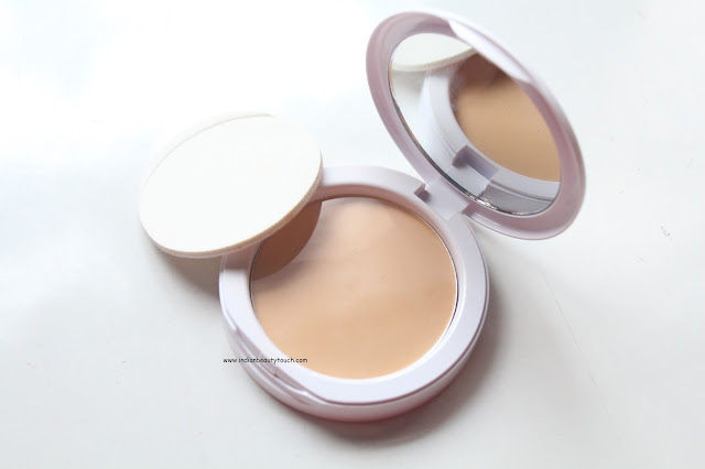 NEW MAYBELLINE WHITE SUPERFRESH 12HR WHITENING + PERFECTING COMPACT REVIEW