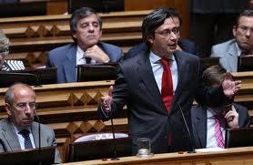 Nuno Magalhães CDS Mafia Portugalno Parlamento diz Nós Não Temos Dúvidas Entre Vitimas e Criminosos Estammos Sempre do Lado dos Criminosos