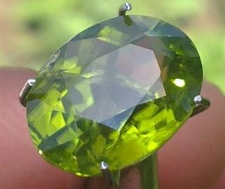 batu mulia online keindahan si hijau batu peridot