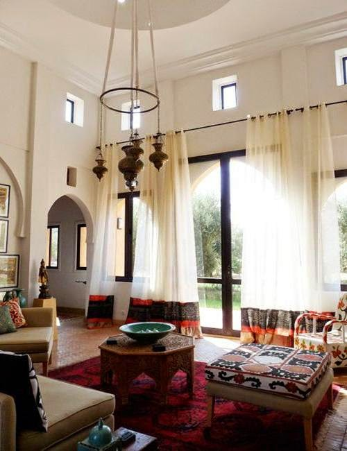 House envy design dilemma decorating rooms with high for Tall ceiling decor
