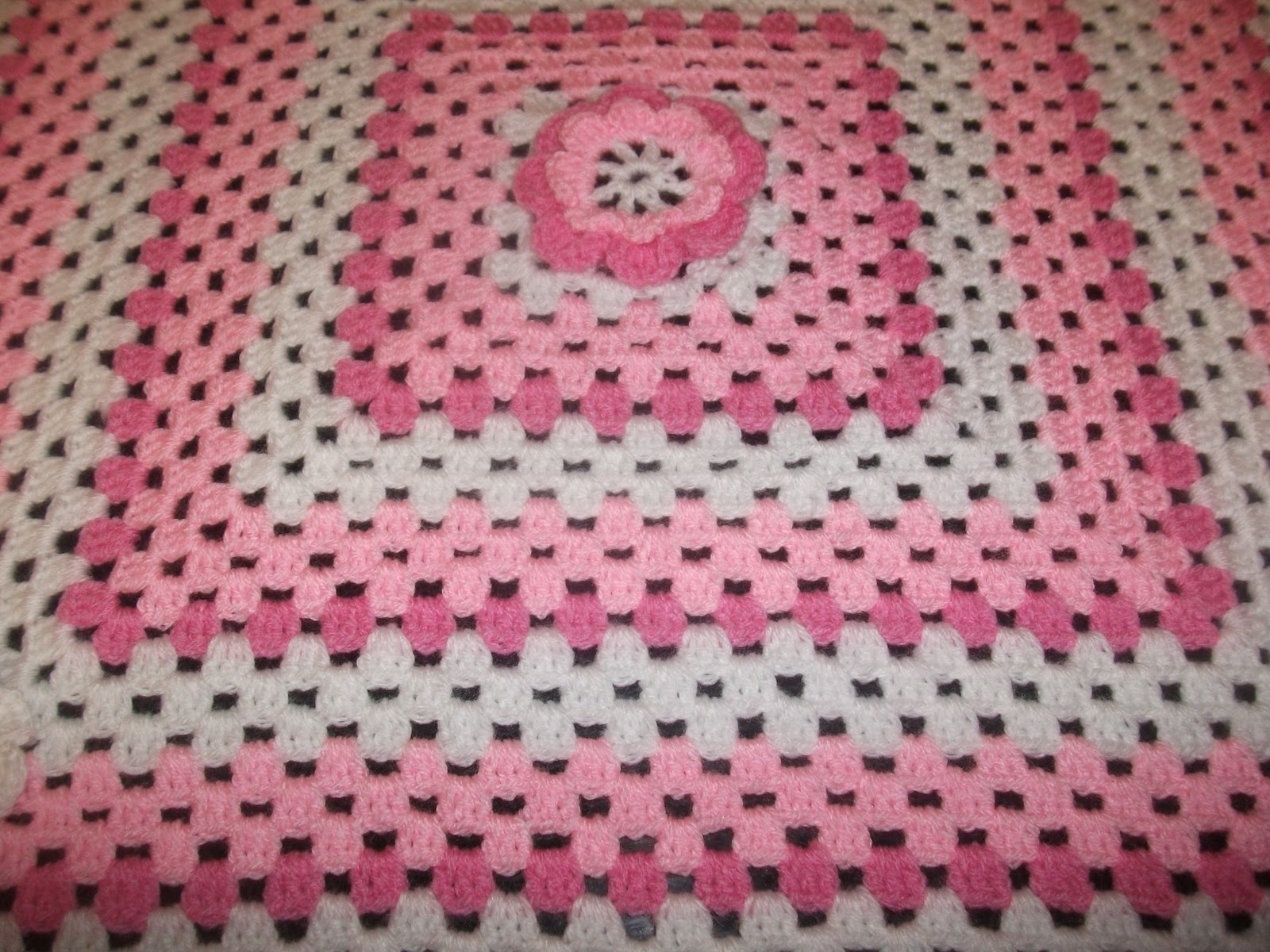 Crochet Patterns Easy Blankets : Helens Colourful Crochet Blankets: New baby girl pink crochet blanket