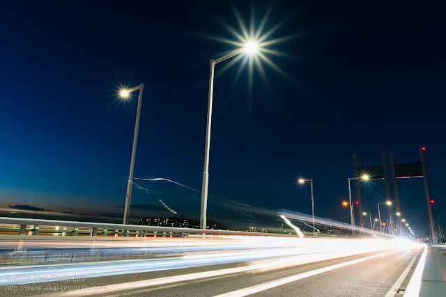 東京の橋の上で撮影した写真