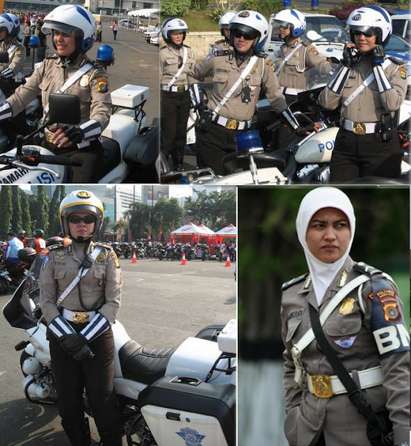 Description: Foto: Polisi Wanita (Polwan) Berjilbab di Banda Aceh ...