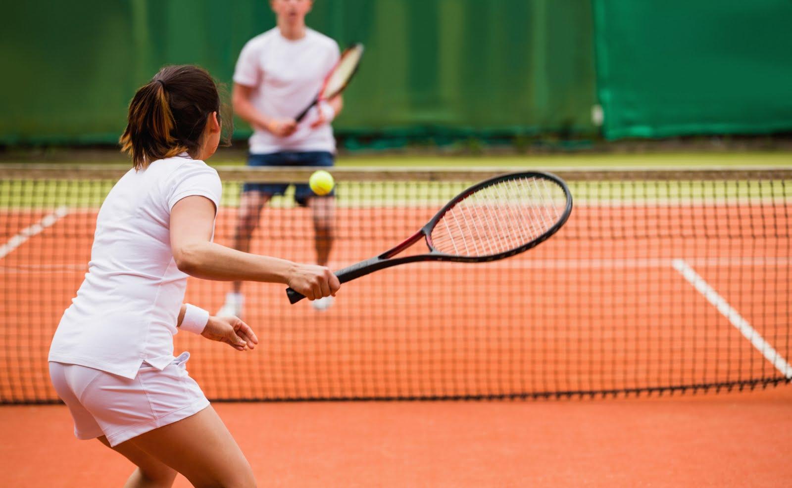 Фото детей играющих в теннис