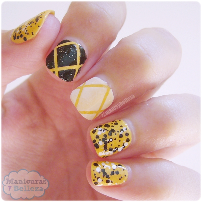 Manicura amarillo con blanco y negro Nail art yellow black and white