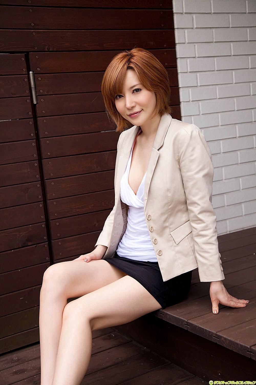 yuria-satomi-00980829