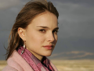 Natalie Portman Hollywood Actress Latest HQ Wallpaper-802-1600x1200