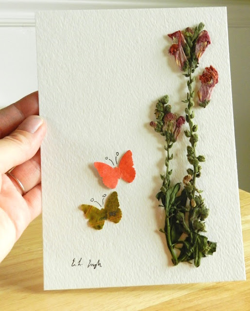 dried flower and leaf art
