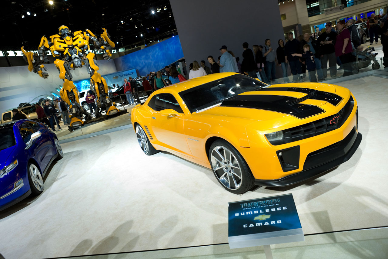 hot cars transformers chevrolet camaro bumblebee transformers 2008. Black Bedroom Furniture Sets. Home Design Ideas