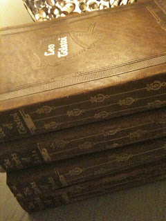 Antique leather bound books, Image by lb, Wertz Brothers Antique Market, for linenandlavender.net