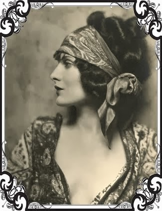 Muse 1920's