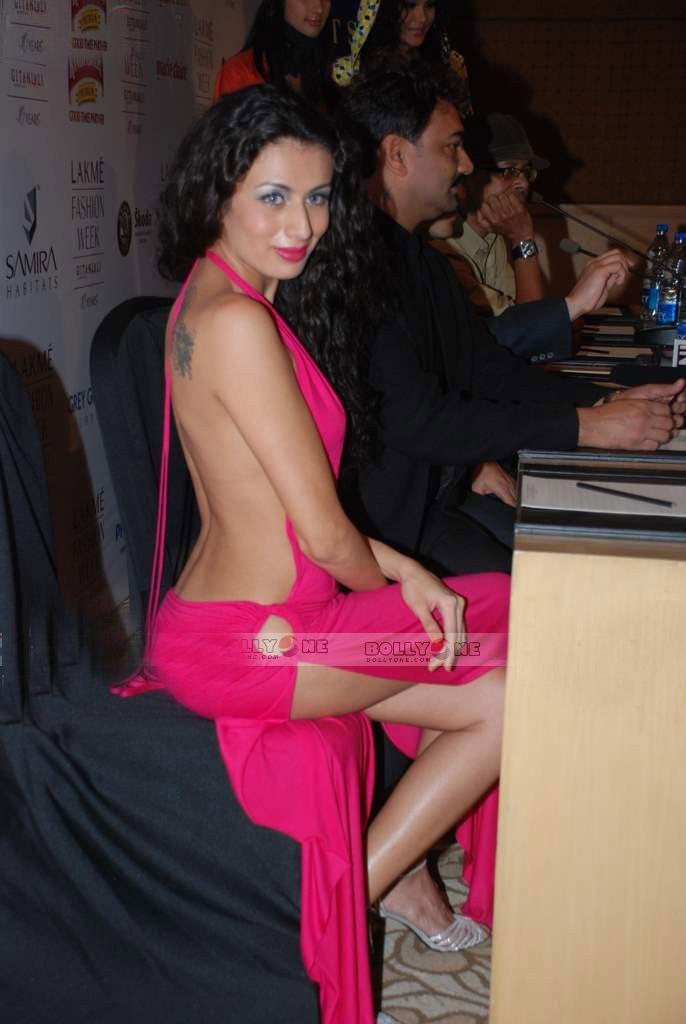 Pia Wurtzbach Cloths Fashion