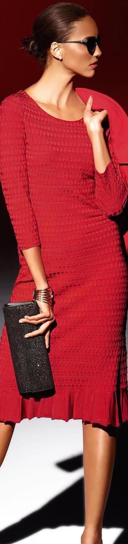 MADELEINE KNIT DRESS IN RED