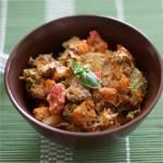 Saldžiųjų bulvių, morkų ir kepenėlių salotos