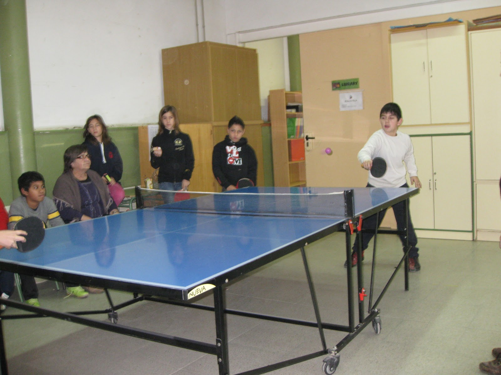 escola l esqueix torneig de ping pong