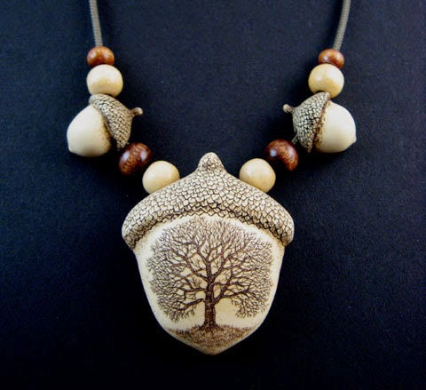 https://www.etsy.com/listing/88986016/tree-acorn-beads-scrimshaw-technique?utm_source=Pinterest&utm_medium=PageTools&utm_campaign=Share