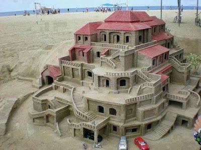 incredible sandcastle picture