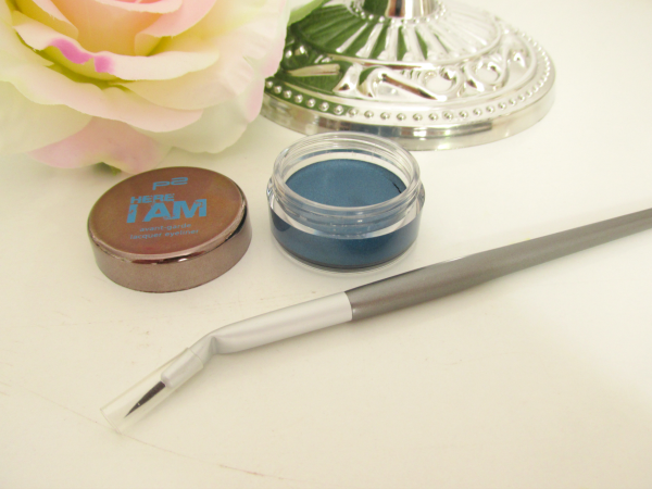 p2 Here I am - Avantgarde Laquer Eyeliner und Ultra Precise Eyeliner Brush