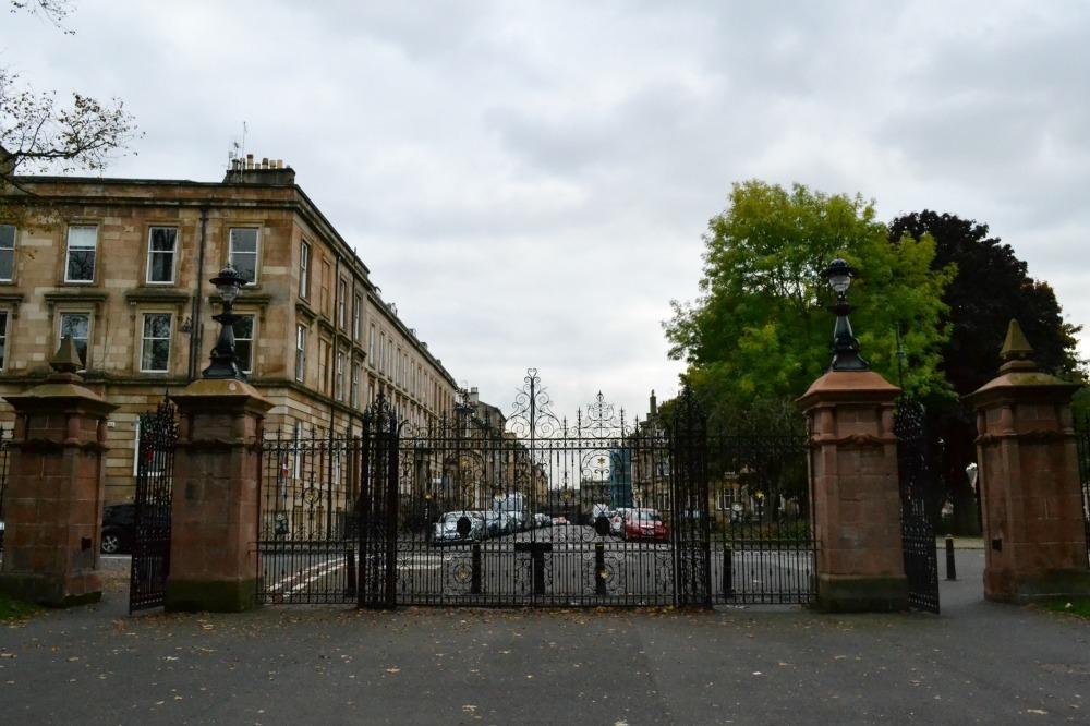 kelvingrove park gates glasgow