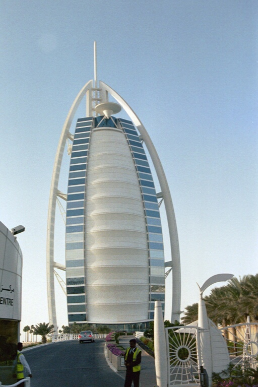 World visits luxury hotels in dubai for Burj arab hotel dubai